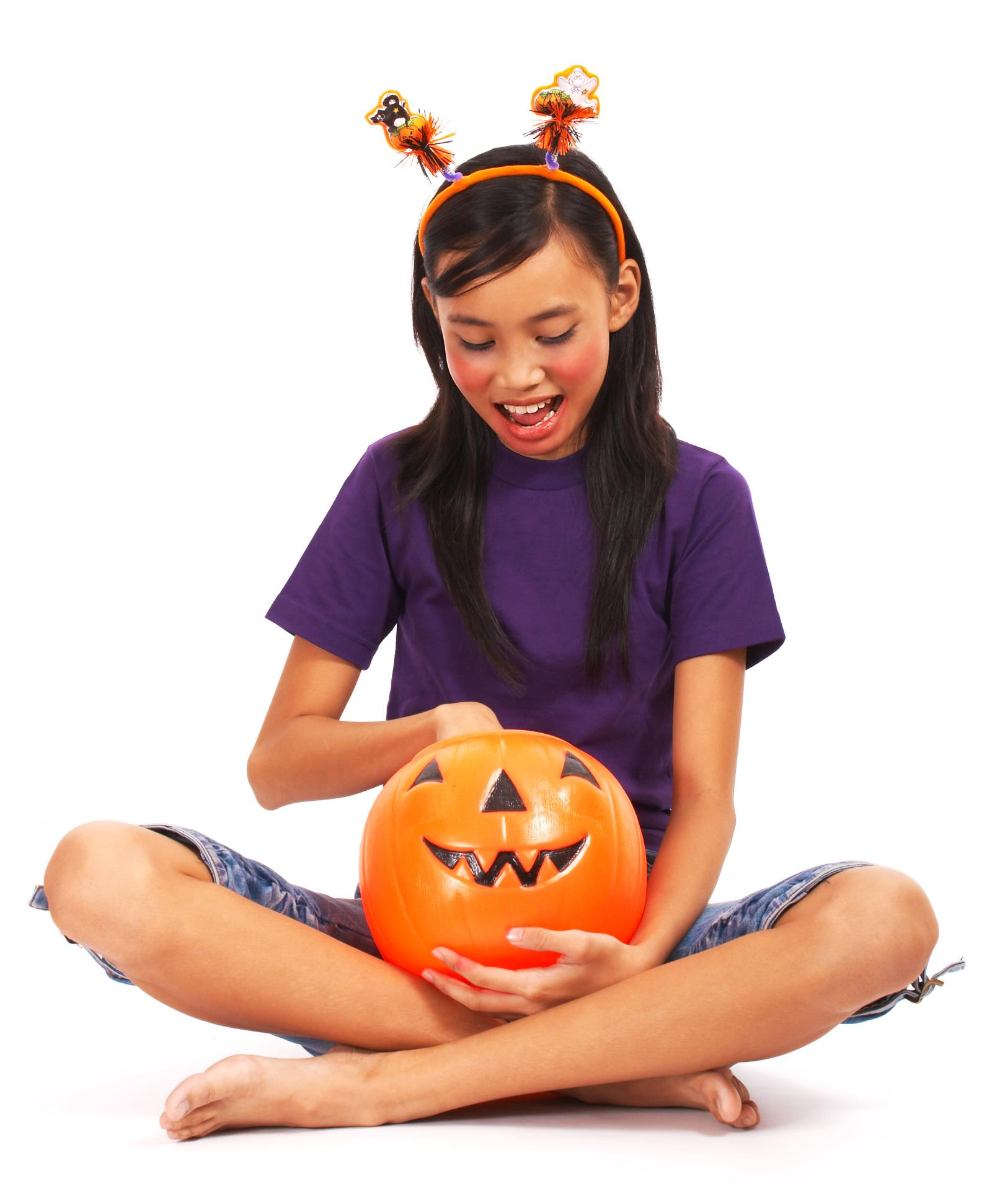 Avoid spreading germs this Halloween